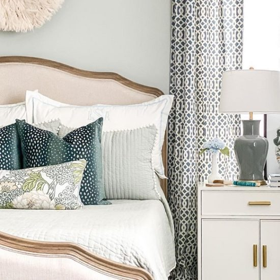 Sensational Seasonal Decor Ideas For Bedroom