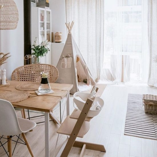 Tips To Highlight Natural Wooden Makeover Of Home