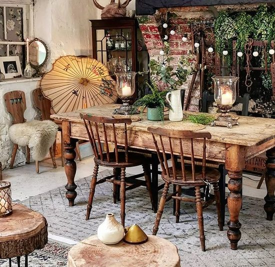 Absorb The Vintage Decor By Using Classic Items